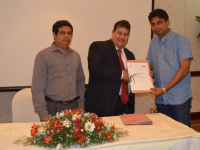Exchanging the MOU with University of Kelaniya